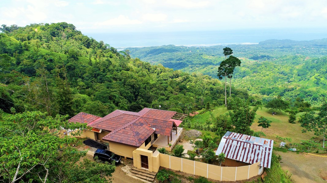 """Remax real estate, Costa Rica, Punta Mala, Mountain lodge, open-concept """"just"""" completed home with incredible ocean & mountain views!"""
