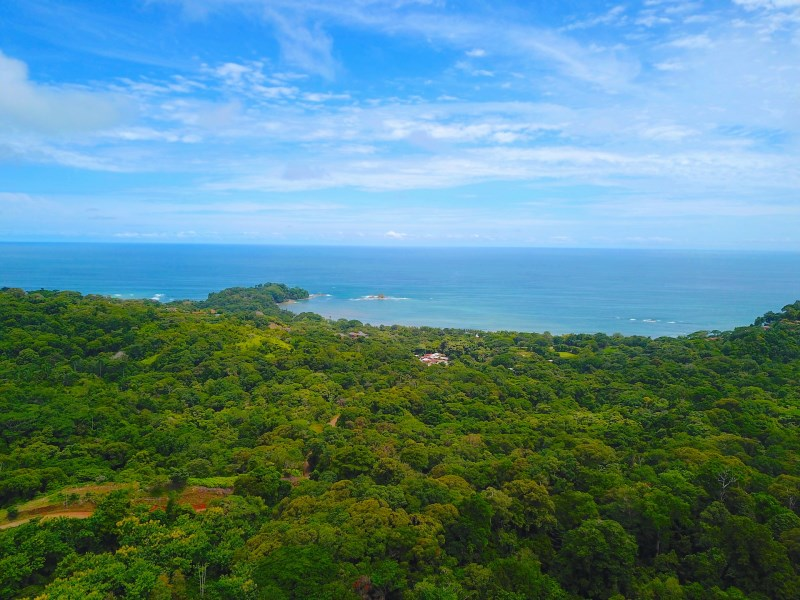 Remax real estate, Costa Rica, Dominical, Finca Bella with all Usable Land, Ocean View Prime Location