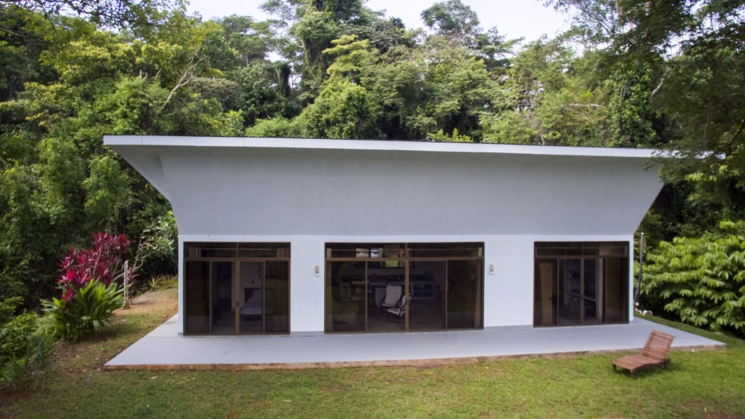 Remax real estate, Costa Rica, Ojochal, Beautiful contemporary two bedroom Home