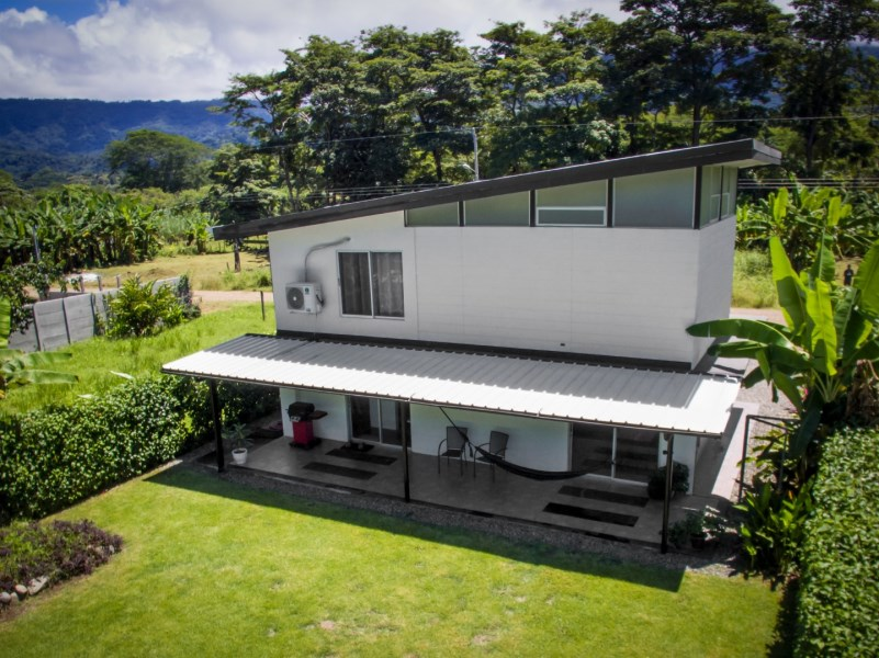 Remax real estate, Costa Rica, Ballena, Brand New Contemporary 1 Bedroom, 1.5 Bathroom Home , within walking distance to the beach