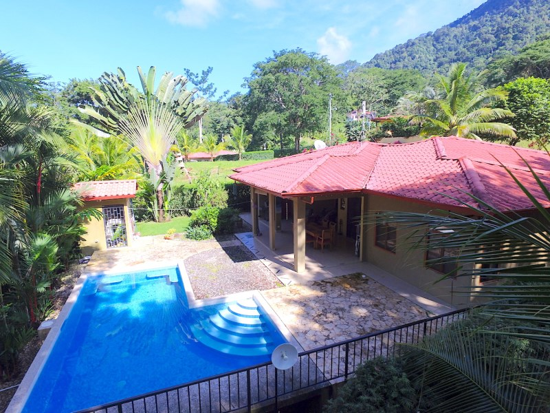 Remax real estate, Costa Rica, Ojochal, 3 BED / 2 BATH HOME WITH POOL AND 2 EXTRA LOTS IN PHASE 6 - 0.52 ACRES