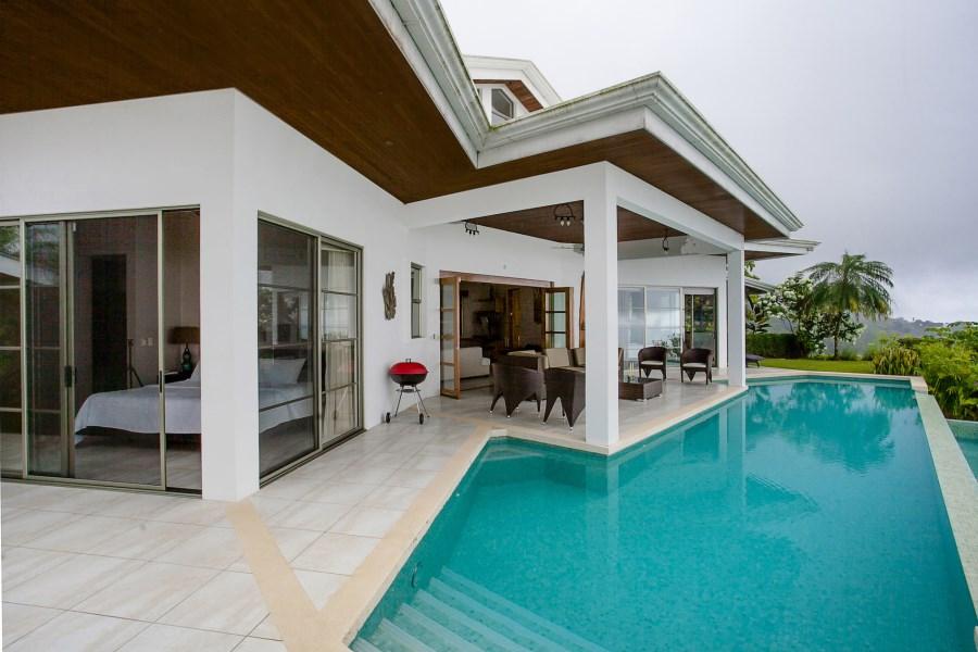 Remax real estate, Costa Rica, Ballena, Villa Piñuela - Villa and Guest House