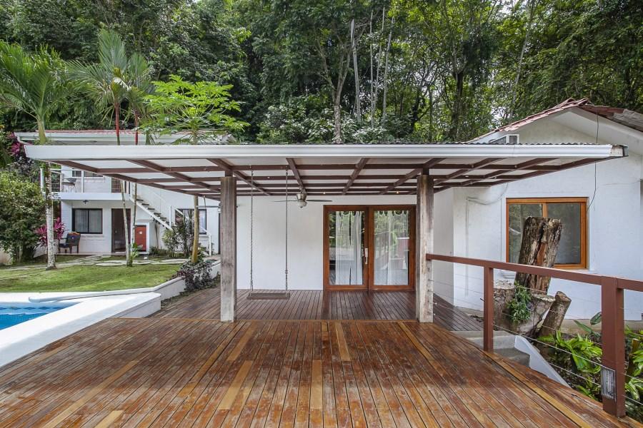 Remax real estate, Costa Rica, Quepos, Casa Dragonfly