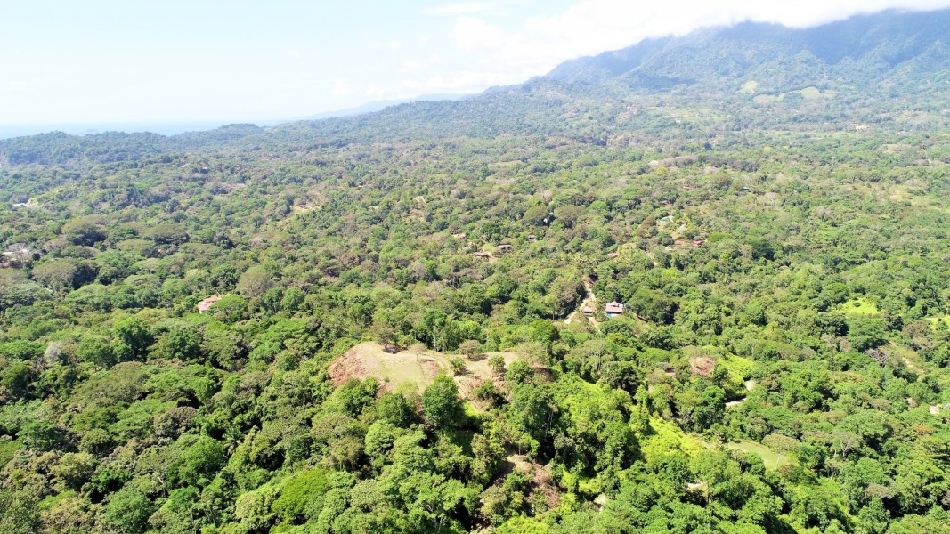 Remax real estate, Costa Rica, Ojochal, FINCA MARANON Lot #1. QUITE SIMPLY THE BEST! 5-acres of 360 degree views. Absolutely stunning...