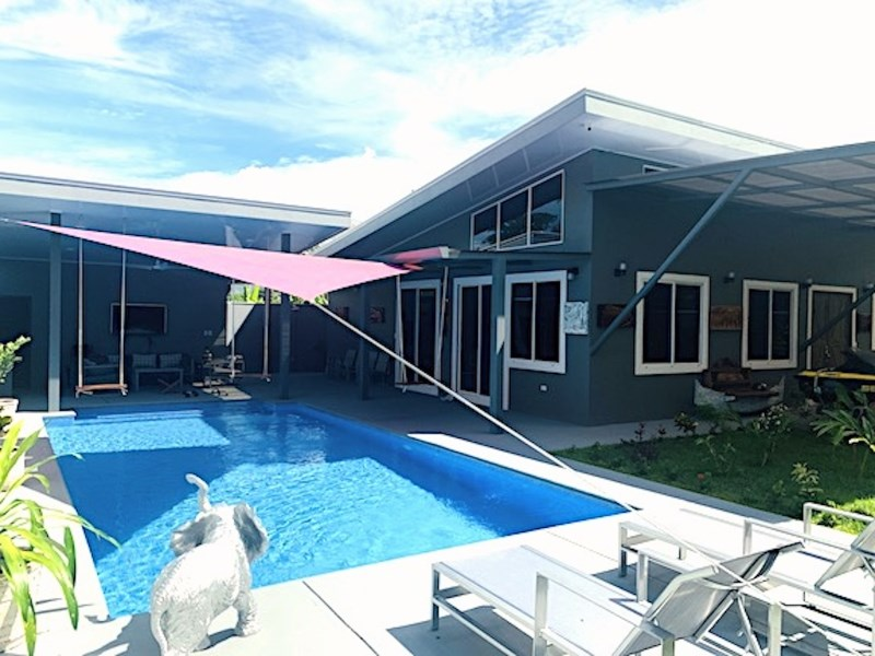 Remax real estate, Costa Rica, Uvita, Uvita Beach House. Brand New Construction, 3 Bedrooms, Gorgeous Pool