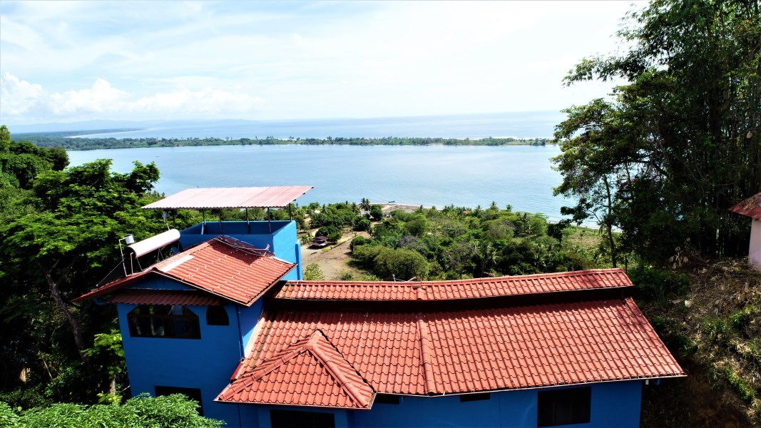 Remax real estate, Costa Rica, Ojochal, Iconic Eco-lodge with outstanding OCEAN, SUNSET, and MOUNTAIN VIEWS.