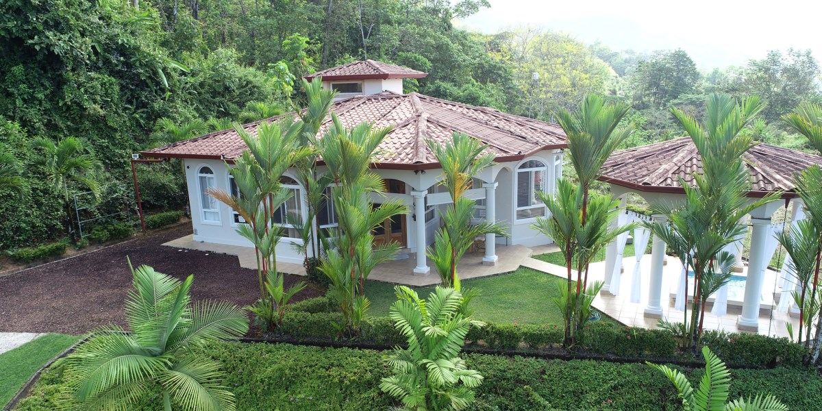 Remax real estate, Costa Rica, Ojochal, Two-Bedroom Ocean View Home in Gated Community in Ojochal Costa Rica