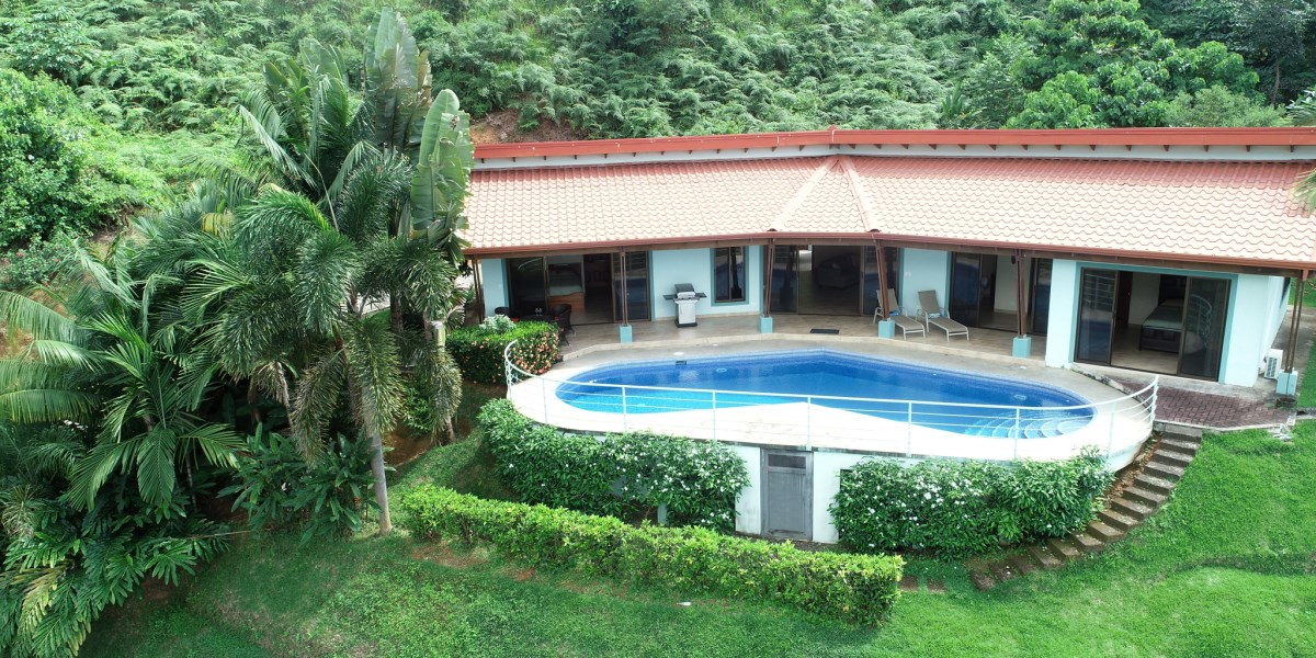 Remax real estate, Costa Rica, Chontales, Chontales Charmer with Three-Bedrooms, Pool and Incredible Valley Views near Ojochal Costa Rica