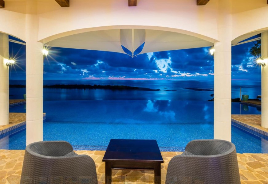 Remax real estate, Costa Rica, Uvita, Ojochal: Gorgeous Super Luxurious Boutique Hotel. Dramatic Views and Heart Melting Sunsets