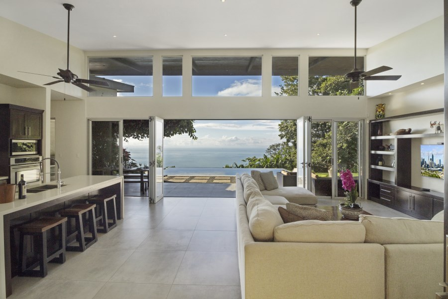 Remax real estate, Costa Rica, Dominical, Escaleras-Dominical: South Pacific Luxury Home for sale