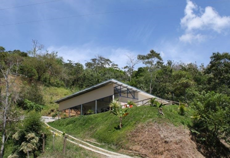 Remax real estate, Costa Rica, Parrita, Parrita: Large ocean view property with house not far from the Pacific Ocean