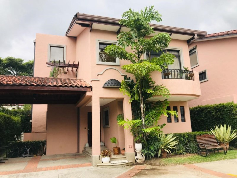 Remax real estate, Costa Rica, Santa Ana, Santa Ana Property For Sale $280,000 J
