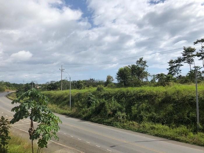Remax real estate, Costa Rica, Savegre de Quepos, For sale Hill side property in Savegre, Quepos. Negotiable price.