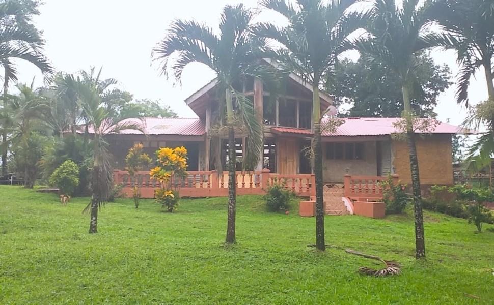 Remax real estate, Costa Rica, San Carlos - Boca Arenal, San Carlos La Fortuna, House and Restaurant.