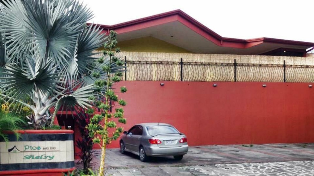 Remax real estate, Costa Rica, Manuel Antonio, FOR SALE 8 PLEX 1.8KM FROM QUEPOS DOWNTOWN