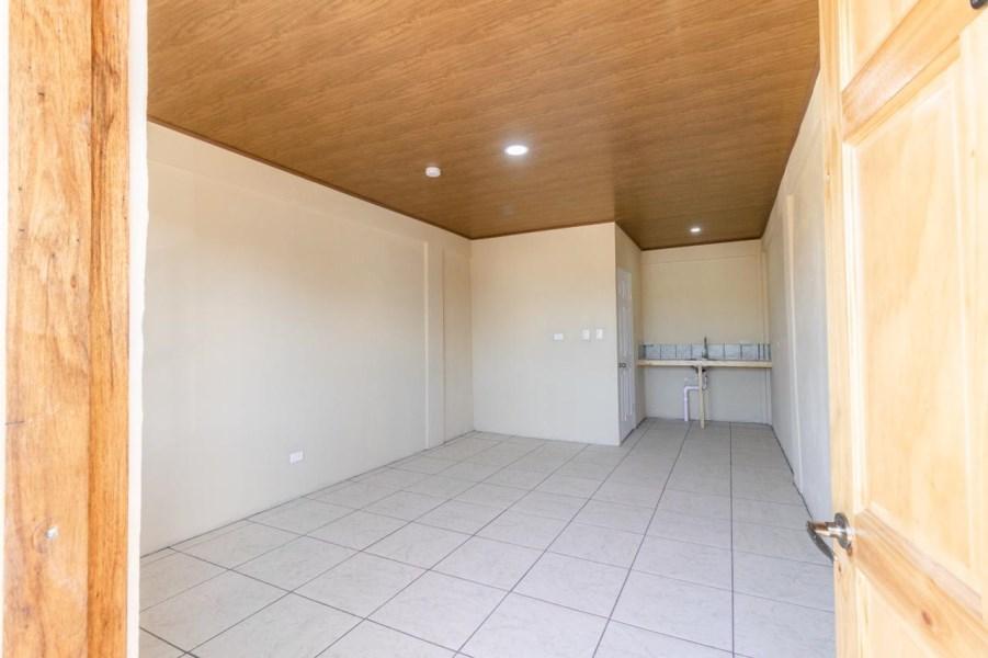 Remax real estate, Costa Rica, Quepos, Seven Apartment building in Boca Vieja Quepos