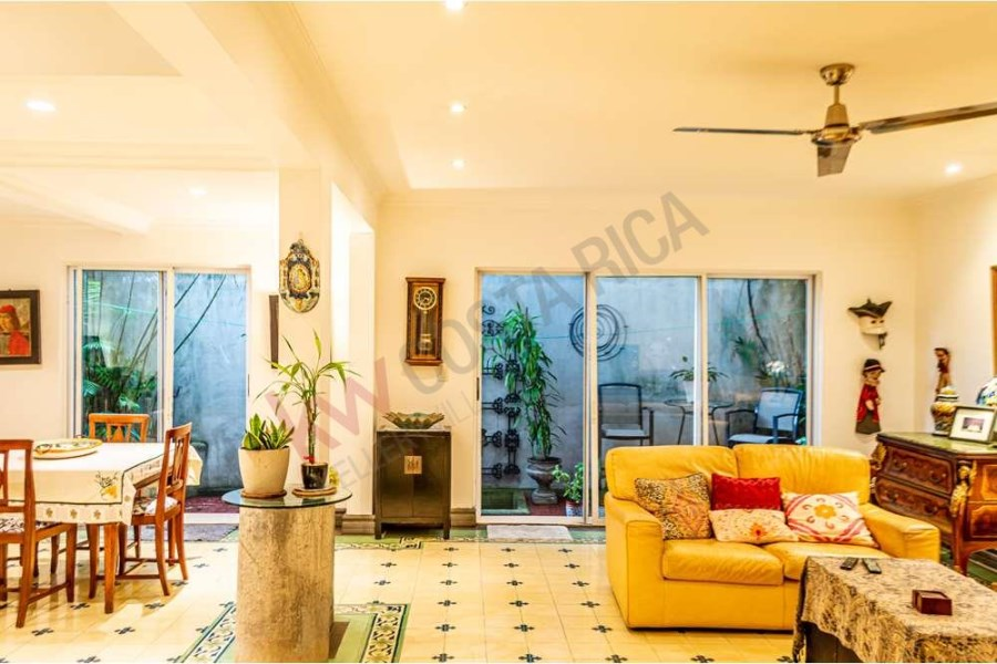 Remax real estate, Costa Rica, Escazú, UNIQUE OPPORTUNITY - FOR SALE 3 BEDROOM TOWNHOUSE IN LAS MISIONES CONDOMINIUM IN ESCAZU