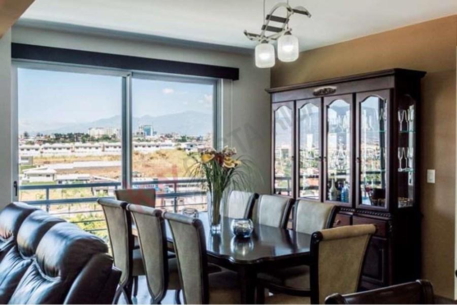 Remax real estate, Costa Rica, Escazú, Three Bedroom Apartment for Sale with Captivating Views of the City and the Central Valley in CAIA Condominium, San Rafael de Escazu