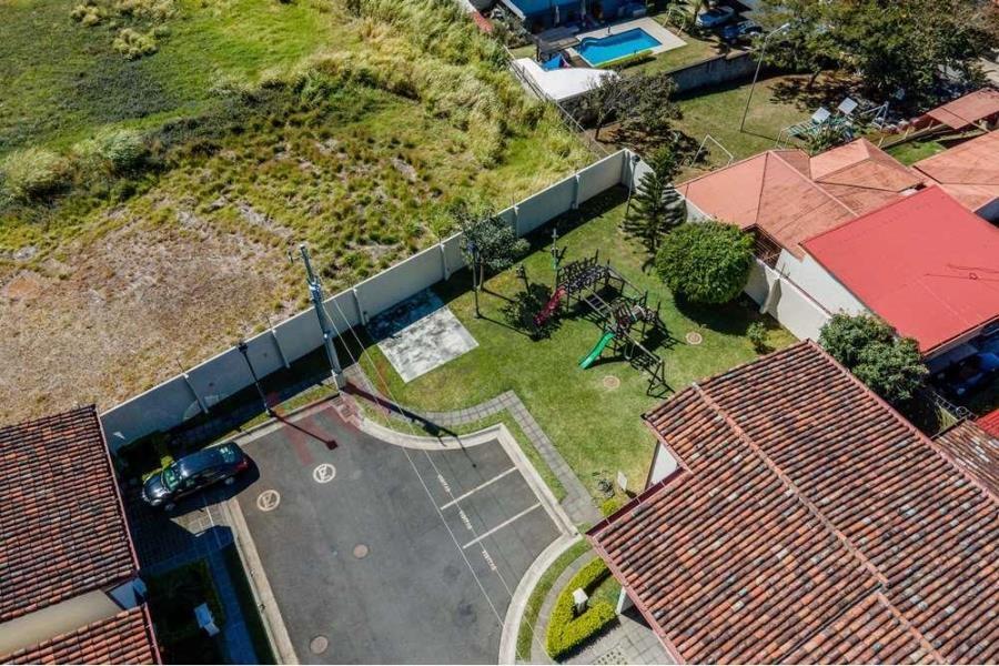 Remax real estate, Costa Rica, Belen, Casa de 3 Recámaras en Condominio Cerrado en Lindora, San Antonio de Belen, Heredia, Costa Rica