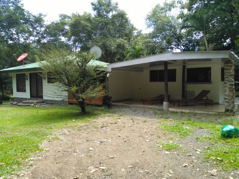 Remax real estate, Costa Rica, Dominical, Lovely Home near the Ocean!