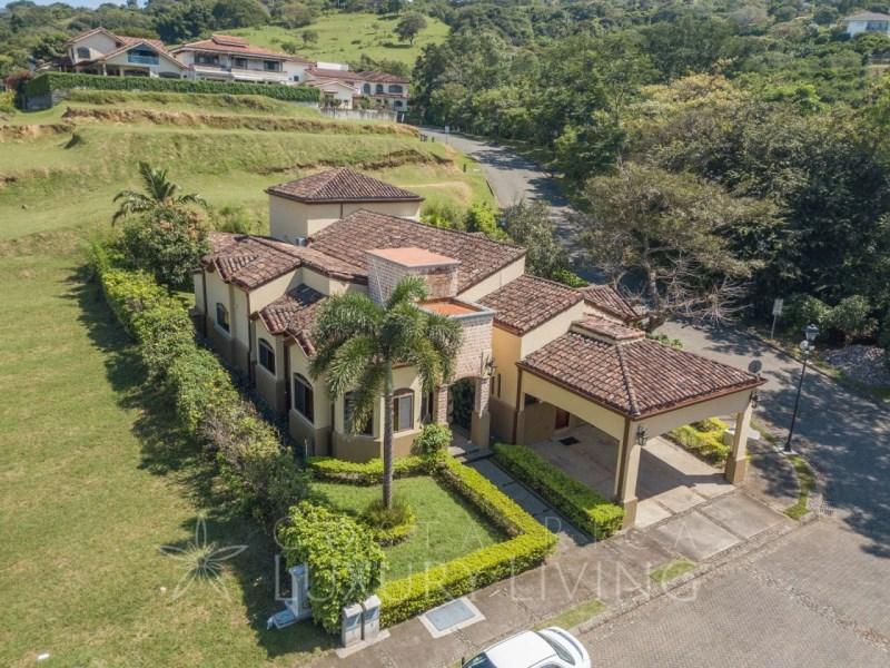 Remax real estate, Costa Rica, Santa Ana - Brasil, Mediterranean Home in Santa Ana