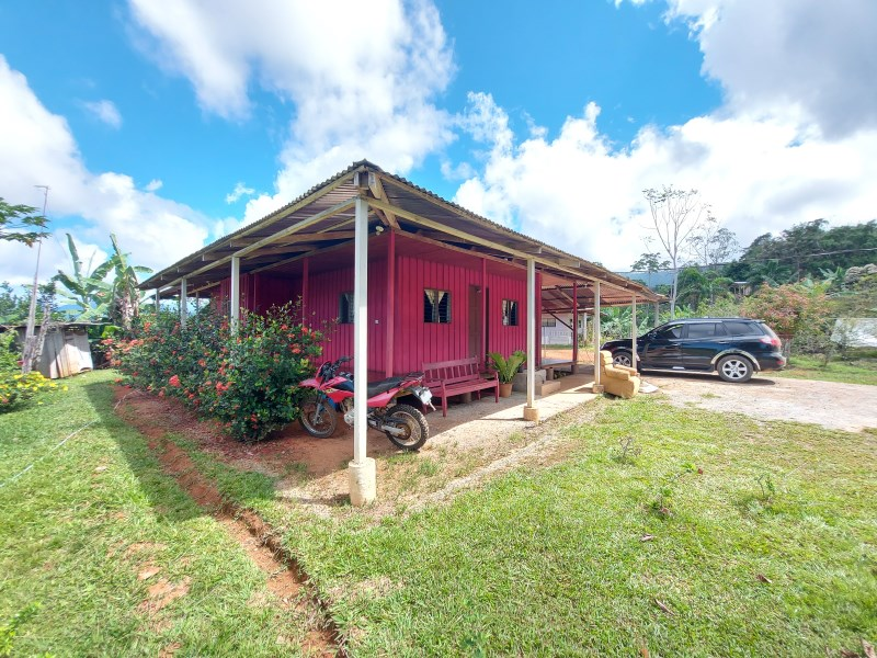 Remax real estate, Costa Rica, Barú, Tico-style wooden house with ocean view in San Salvador