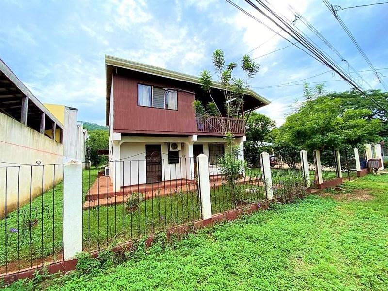 Remax real estate, Costa Rica, Sardinal, Tico Style House Close to the Beach