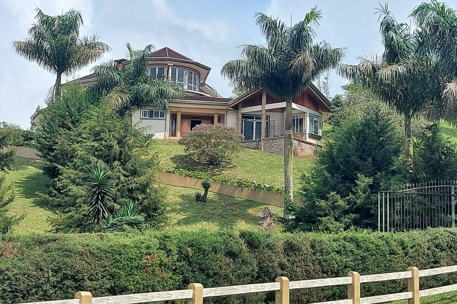 Remax real estate, Costa Rica, San Carlos - Ciudad Quesada, Luxury House - Loma Linda