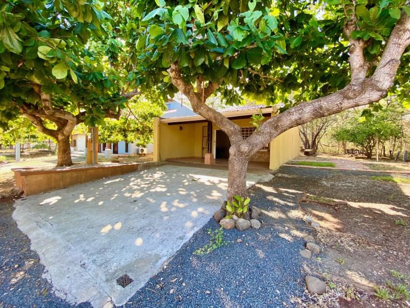 Remax real estate, Costa Rica, Sardinal, Tico house in playas del Coco