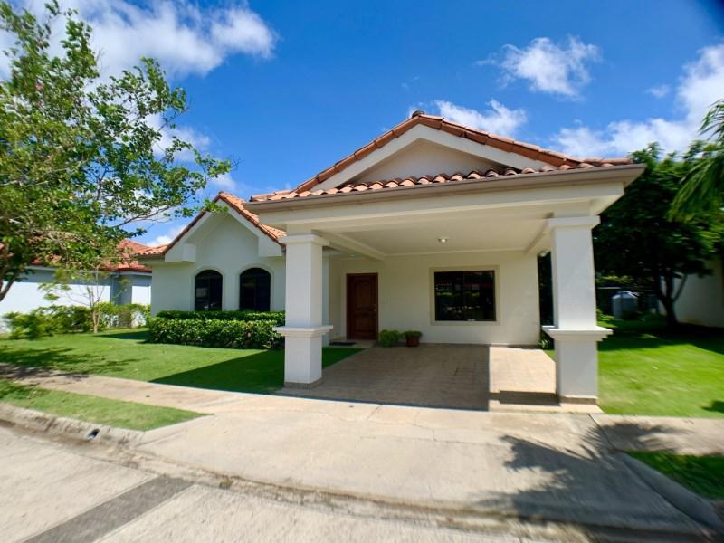 Remax real estate, Costa Rica, Liberia, Casa Blanca Perfect Home