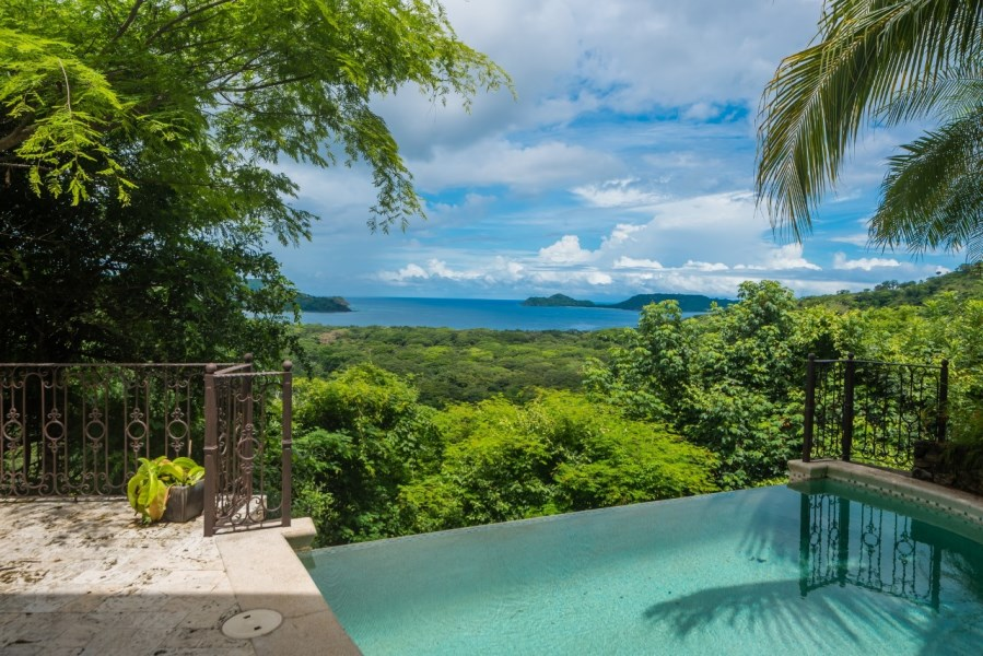 Remax real estate, Costa Rica, Carrillo, STUNNING Suite, Casa Exotica Playa Panama FOR SALE