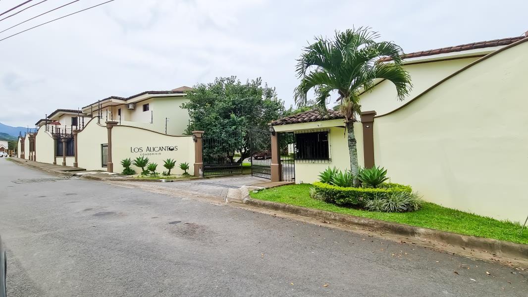 Remax real estate, Costa Rica, Brasil, House for Sale in Ciudad Colon, Costa Rica