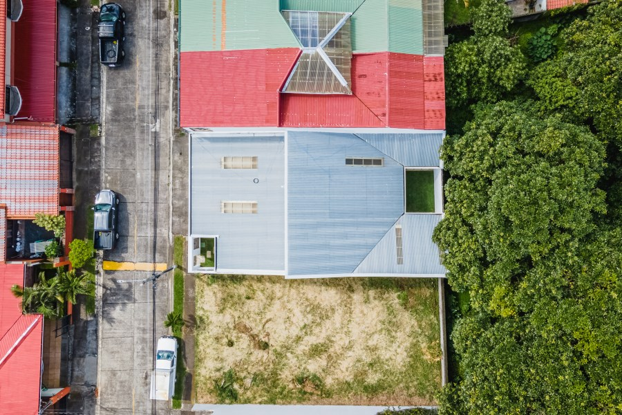 Remax real estate, Costa Rica, Santo Domingo, English