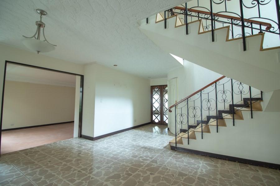 Remax real estate, Costa Rica, San José, Colonial house Rohmoser for sale. Costa Rica