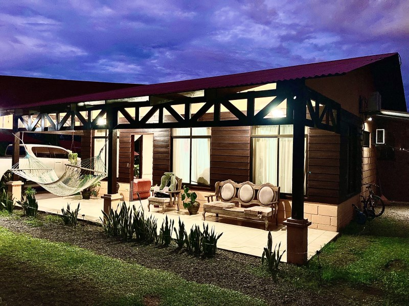 Remax real estate, Costa Rica, San Carlos, Large 3 Bedroom Family Home near Arenal Volcano
