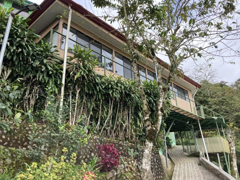 Remax real estate, Costa Rica, San Ramon, Modern Home w Ocean View in 55-and-over gated community