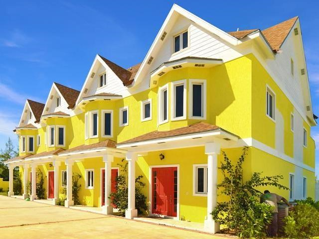 RE/MAX real estate, Bahamas, South Ocean, DUNMORE COURT TOWNHOMES