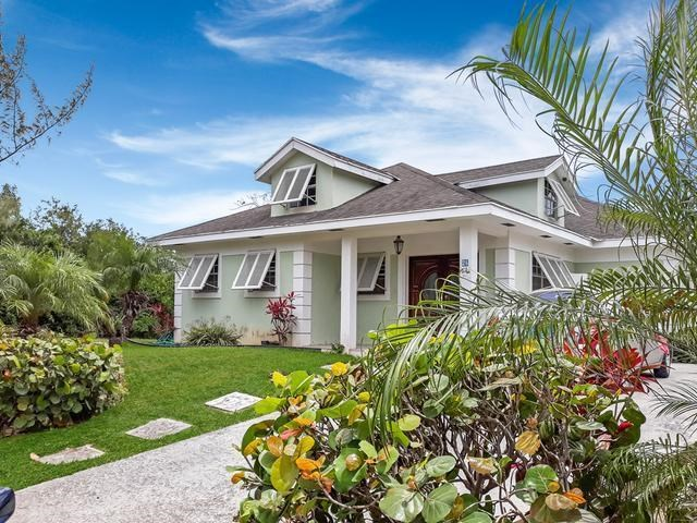 RE/MAX real estate, Bahamas, West Bay Street, WEST WINDS 3 BR HOME