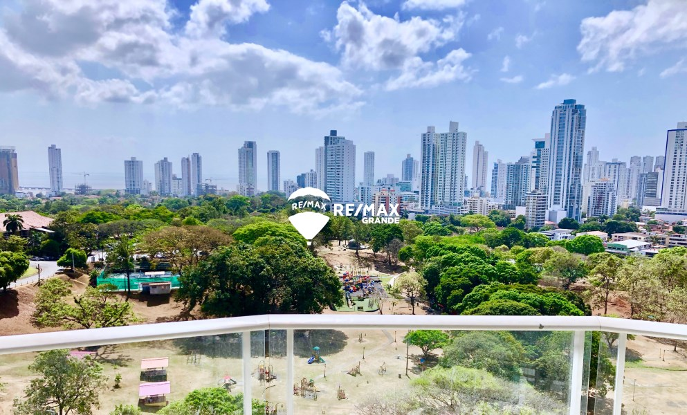 Remax real estate, Panama, Panamá - Carrasquilla, 3 BR Apartment next to the Parque Omar for Rent - San Francisco