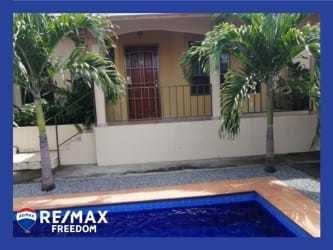 Remax real estate, Panama, Chiriquí Montaña - David, Luxury condo with garden