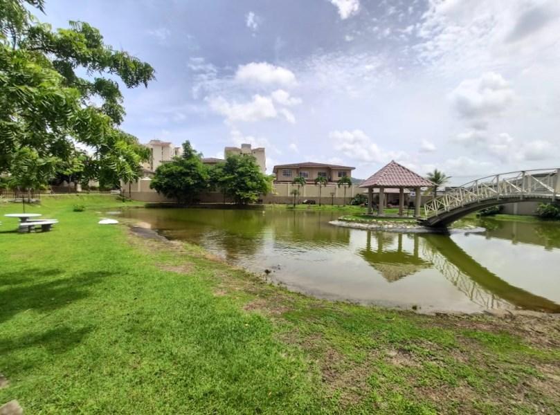 Remax real estate, Panama, Panamá - Ancon , DORADO LAKES