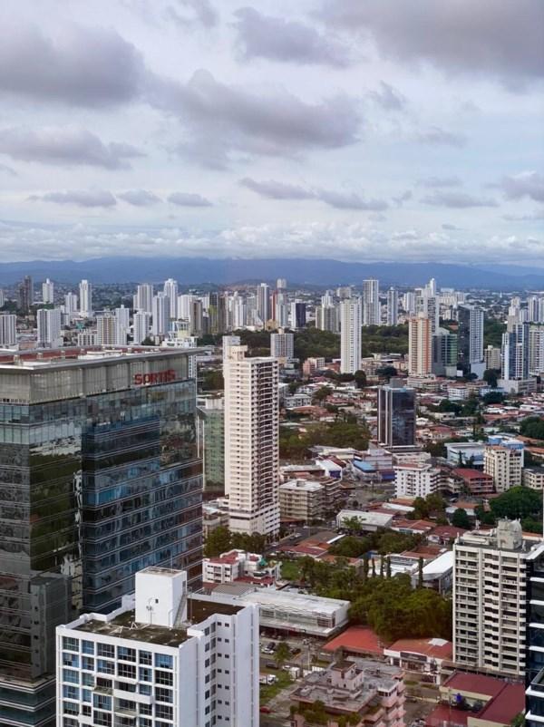 RE/MAX real estate, Panama, Panama - Calle 50, Obarrio- Venta de Oficina en obra gris - EDIFICIO TWIST