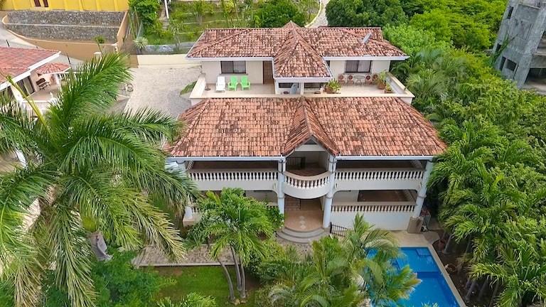 Remax real estate, Costa Rica, Playa Hermosa, Casa Colibri Playa Hermosa