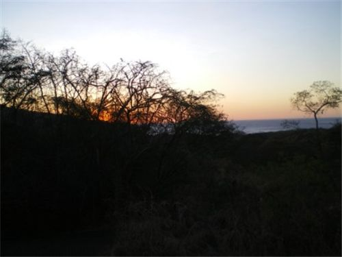 "Remax real estate, Costa Rica, Playa Hermosa, ""Ocean Views, Walk to the Beach, Ready to Build"""