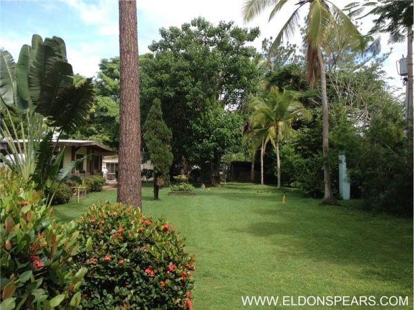 Remax real estate, Panama, Panamá - Santa Clara, 1.5 acres, houses, casitas, the perfect B&B!