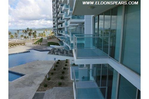 Remax real estate, Panama, Portobelo - Maria Chiquita, Bala Beach Resort 2 bedroom Ocean Front Condo