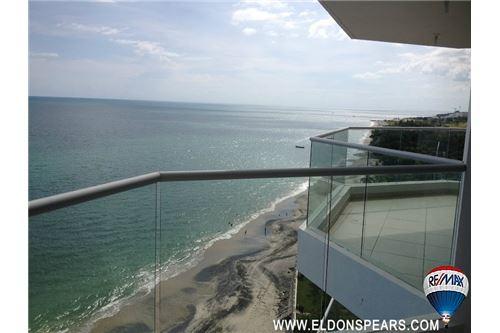 Remax real estate, Panama, Anton - El Farallon, 3 bedroom Oceanfront Condo at Patricia Italia in Farallon