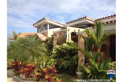 Remax real estate, Panama, Capira - Lídice , Gorgeous House for sale in Trinity Hills Valley