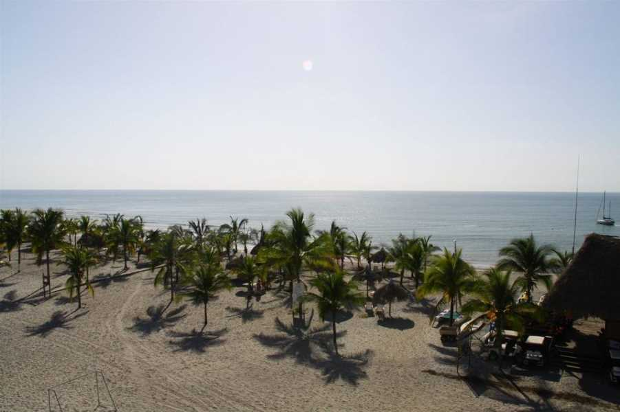 Remax real estate, Panama, Anton - Rio Hato, Studio at Playa Blanca Resort $99,900