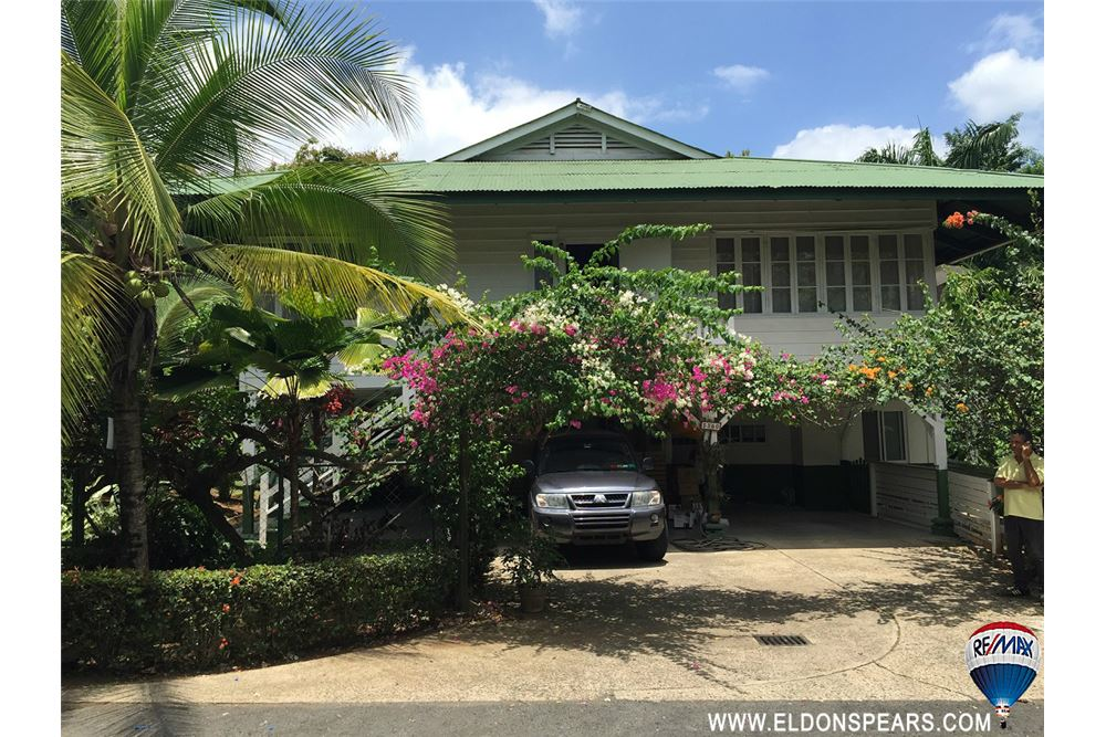 Remax real estate, Panama, Panamá - Ancon , Large Historic Canal Zone House!